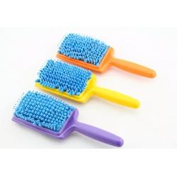 dyer hair brush